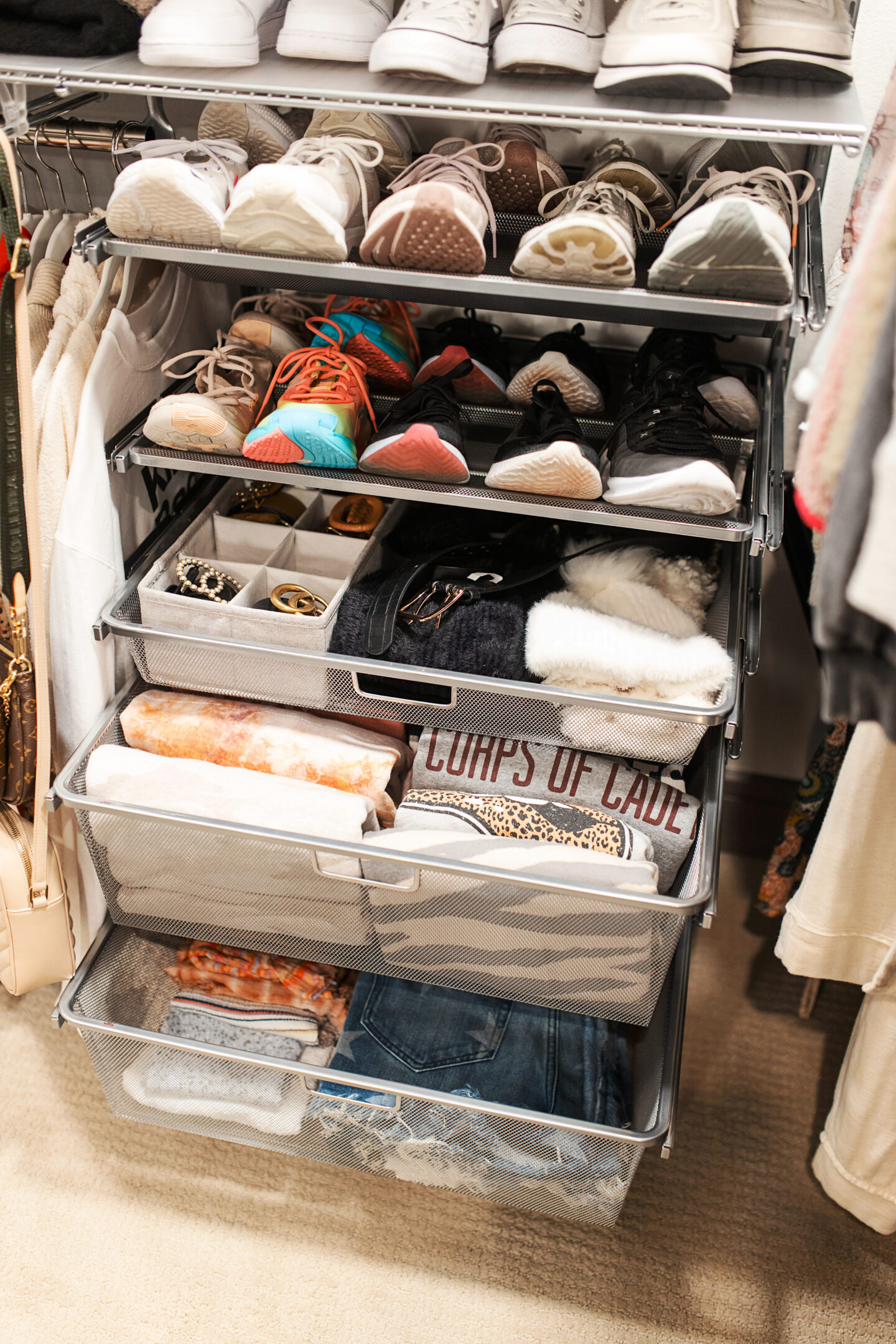 organizing, decluttering, organization, tips for organizing, closet organization, small space hacks, small space tips, organization products, apartment living, apartment hacks, closet organization ideas, closet designs, closet organization ideas small, storage solutions, small spaces